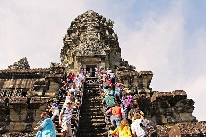 Angkor Wat and Small Circuit Temples by Private Transport