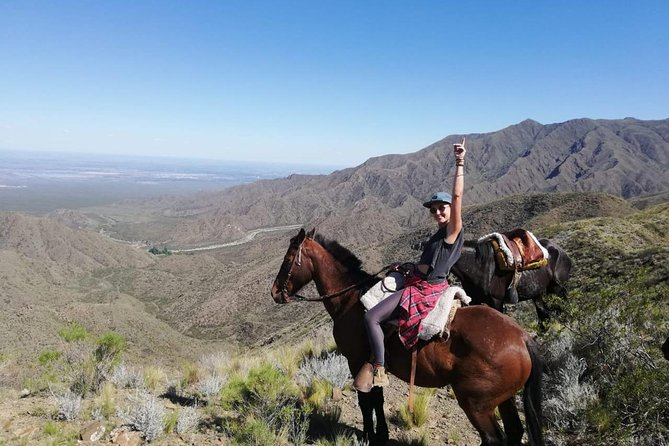 Horseback riding and roast in the mountains of Mendoza