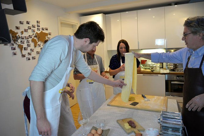 Traditional Home Cooking Experience in Mantua