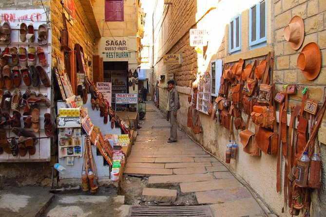 Vibrant Markets of Jaisalmer (2 Hours Guided Walking Tour)