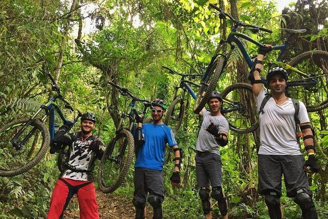 Medellín: Thrilling Half-Day Downhill Mountain Bike Tour