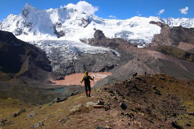 Ausangate Red Lake Trek - 1 Day - Huaynas Expeditions