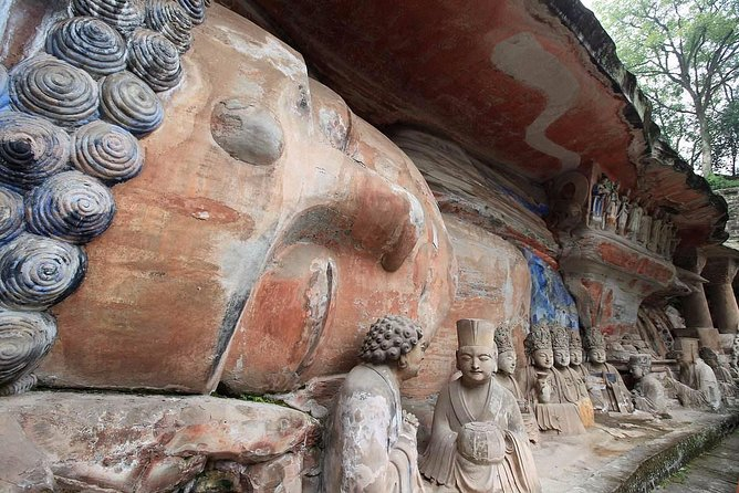 Chongqing Private Round Trip Transfer to Dazu Rock Carvings