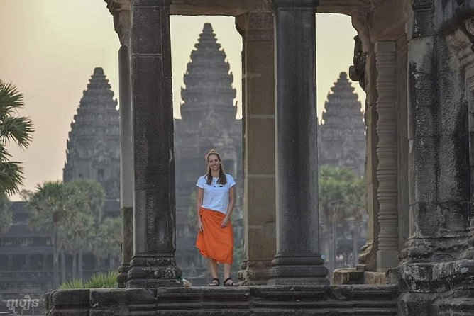 7 Hour- Angkor Wat Temple Tour by Scooter & Withlocal Lunch photo 10
