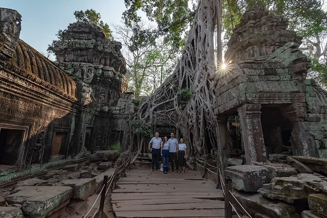 Tuk Tuk Tour , Sunrise Angkor Wat, Angkor Thom (Bayon) & Ta Prohm photo 2