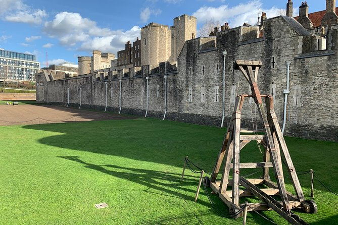 Private Guided Tour of London Tower and Tower Bridge for Kids and Families