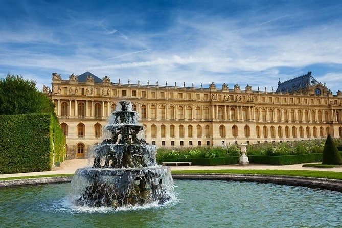 Skip the Line: Versailles Full-Day Tour