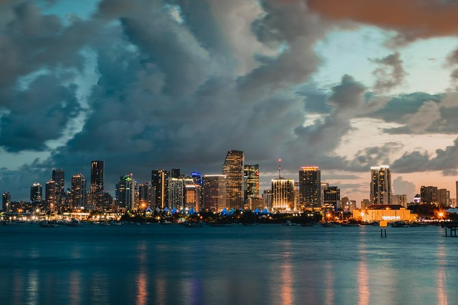 Romantic Miami Airplane Tour With Champagne - PRIVATE