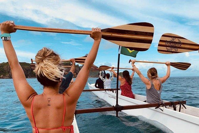 Passeio de Canoa Havaiana em Fernando de Noronha