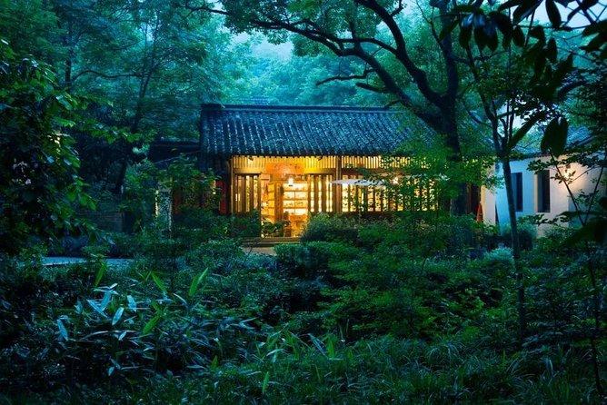 Classic Hangzhou Day Tour Plus Tea Plantation Exploration