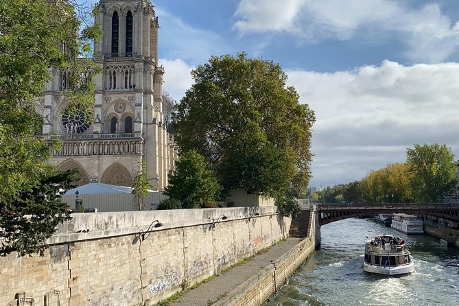 Half Day Paris City Tour with River Cruise, Small Group and Private Options