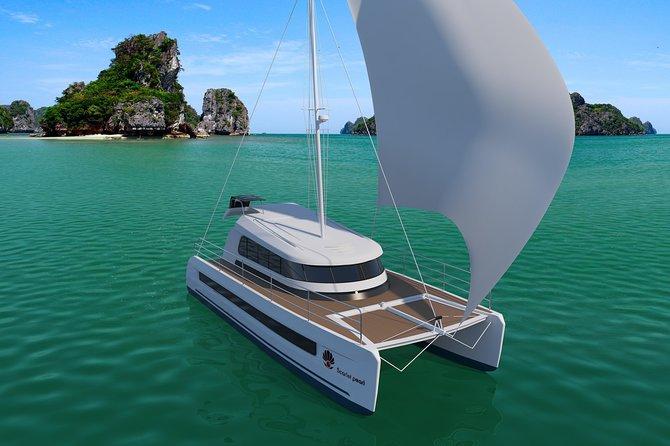The Halong-Lan Ha Catamaran Luxury Day Trip