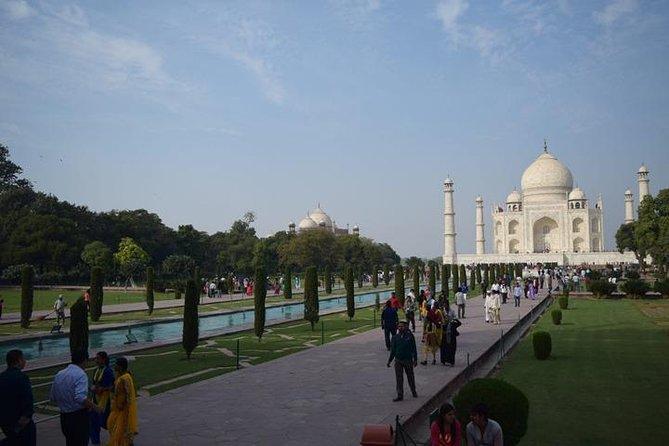 Exotic Heritage Walk Tour With Taj Mahal