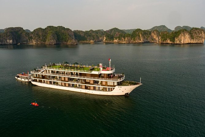 Doris Cruise 5 star cruise 2 days visiting Halong Bay Lan Ha Bay private balcony