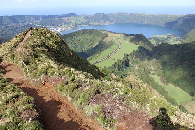 Van Tour - Sete Cidades - Full Day
