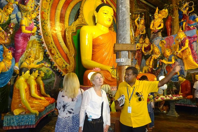 Colombo City Tour - A memorable day out to explore the City