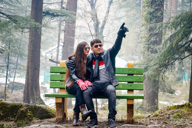 Candid Photoshoot in Manali (60 Mins)