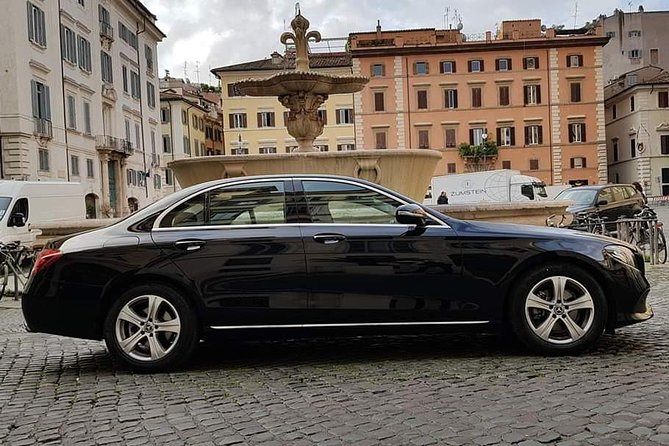 Private Rome Arrival Transfer + 1 Hour Free Tour