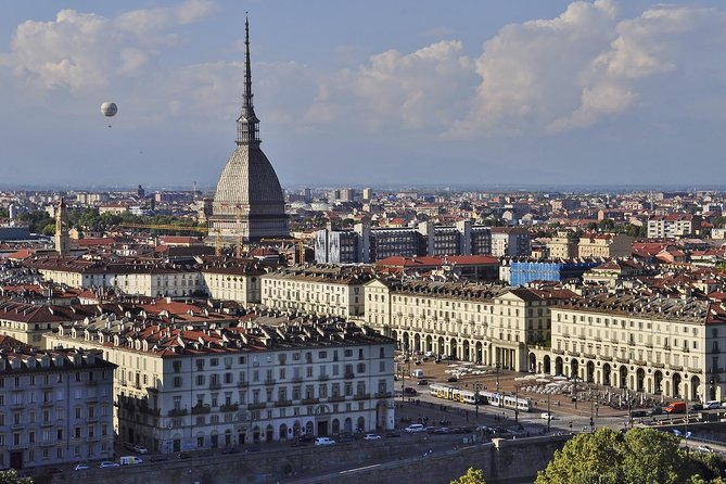 2-hour Turin guided small group walking tour