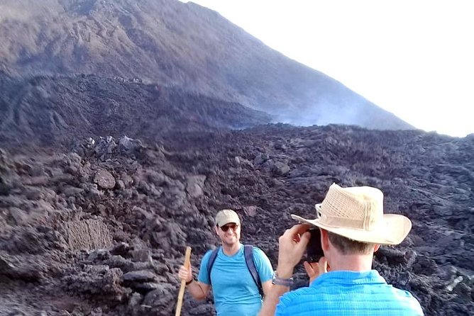 Day Tour to Pacaya Volcano from Antigua Guatemala on Private Vehicle