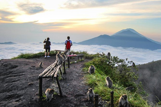 Mount Batur Sunrise Trekking & Hidden Waterfall [ Private & All-Inclusive ]
