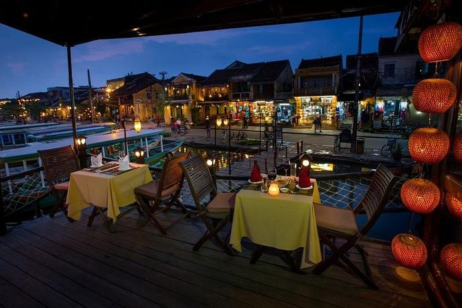Hoi An : Romantic Sunset Dinner Cruise