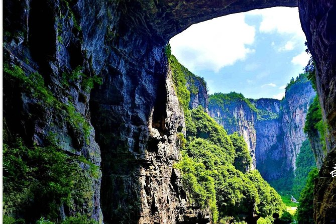 All Inclusive Private Day Tour to Wulong Karst Geological Park from Chongqing