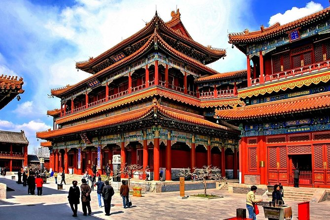 Private walking tour in Beijing (Lama Temple-Hutong-Drum Tower-Dumplings lunch)
