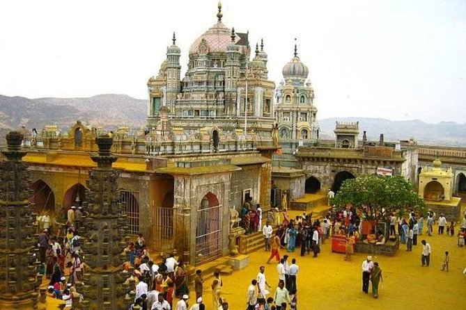 Join In Spiritual Temple Tour Of Mumbai