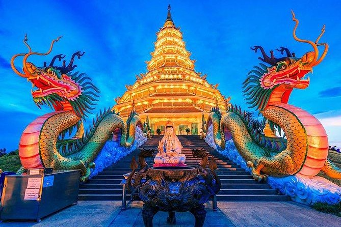 Chiang Rai : Food & Night Market Walking Tour with Local Host