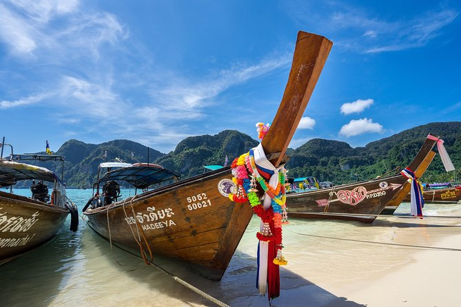 Private Airport Transfer: Phuket International Airport (HKT) to Phuket