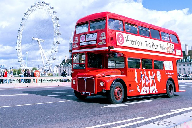 Afternoon tea bus tour in London