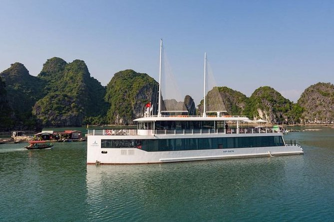 Jade Sails - Luxury cruise in Ha Long Bay with limousine on express way