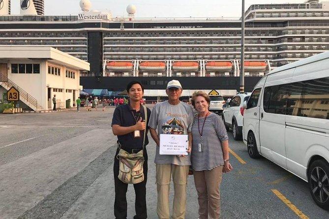 Pick up and drop off at Laem Cha Bang port