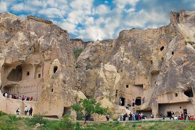 Cappadocia Red Tour : Goreme, Devrent Valley, Uchisar, Pigeon Valley, Pasabag