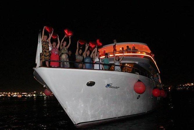Dinner Cruise by Boat In Sharm El Sheikh