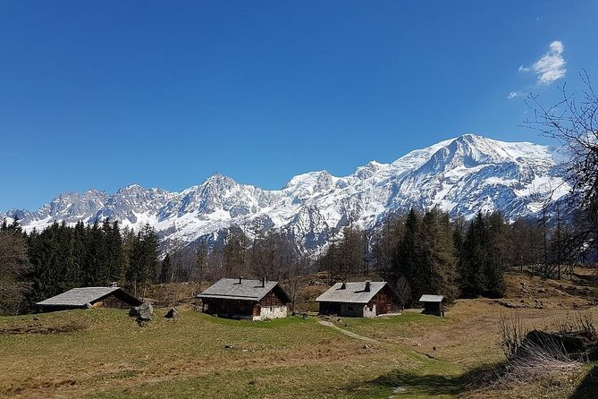 The beautiful hamlet of Charousses is one of our favourite places on our Alps Hiking Retreat.