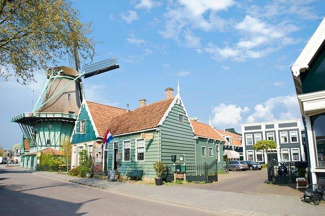 Bus day trip Holland Windmill -Zaanse Schans, Marken and Volendam from Amsterdam