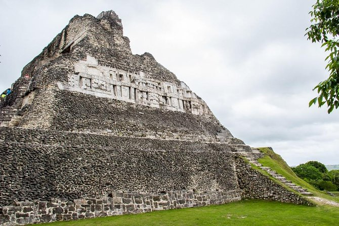 Xunantunich and Horseback riding from Belize