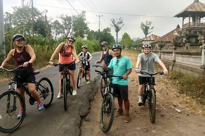 Afternoon Downhill Cycling Tour