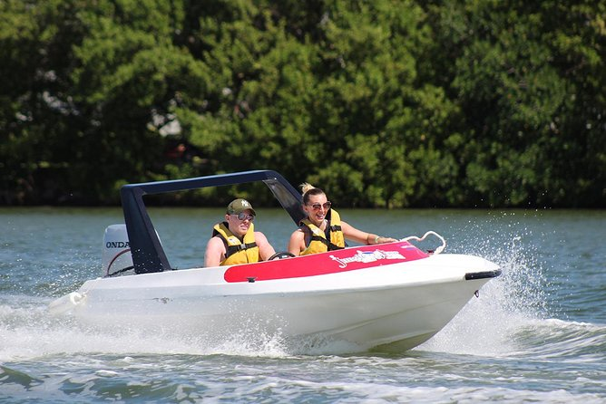The most Intrepid Speedboat Adventure in Cancun (Snorkel and Lunch included)