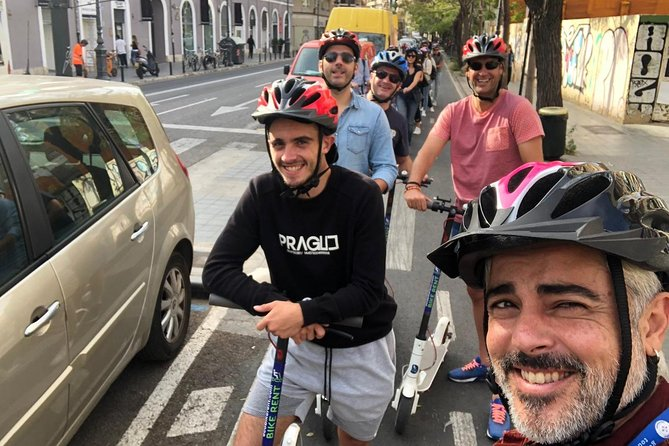 2 to 3 Hours Valencia Highlights e-Kick Scooters Private Tour