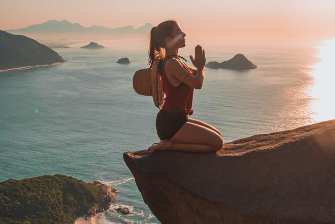 Sunrise at Pedra do Telégrafo- professional photos and expert guide