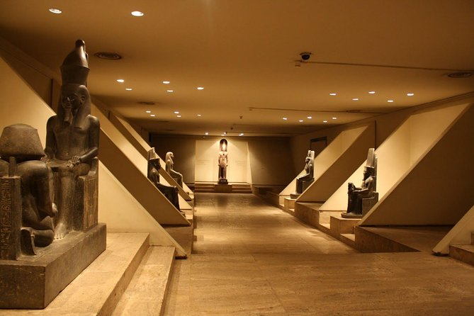 Tour to Luxor museum & mummification museum