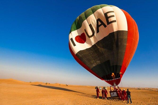 Hot Air Balloon Ride With Gourmet Breakfast & Falcon Show