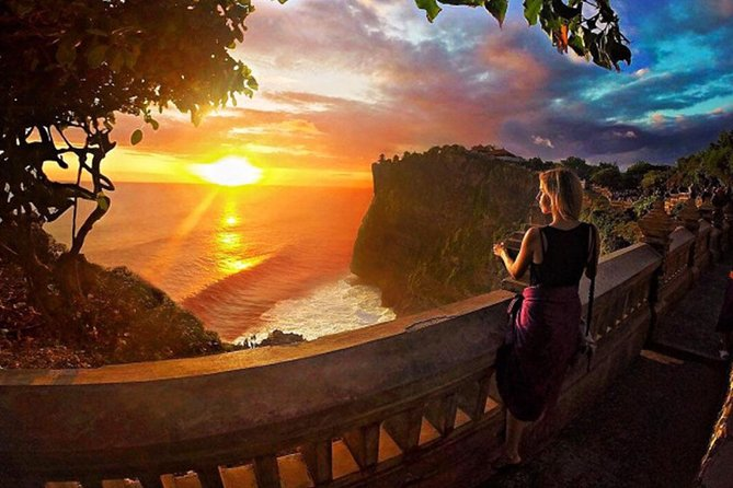Full-Day Private Tour to Exploring Tanah Lot and Uluwatu Temple