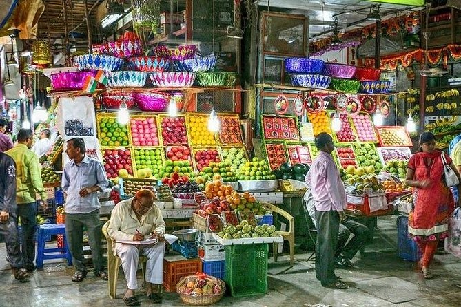 Join In Mumbai Bazaar Walking Tour