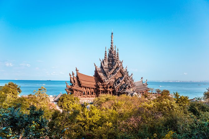 From Bangkok: Private tour to Pattaya's attractions