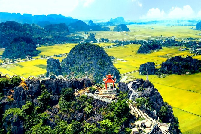 Ninh Binh, Hoa Lu,Tam Coc, Mua Cave Day Tour: Hiking mountain, boat trip, Biking