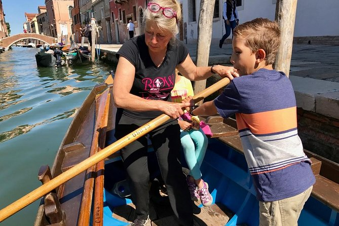 Venice Authentic Gondola Rowing Lesson